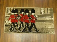 Modern Approx 4x2 60cm x 110cm Novelty London Guards New Rugs Woven Backed Nice